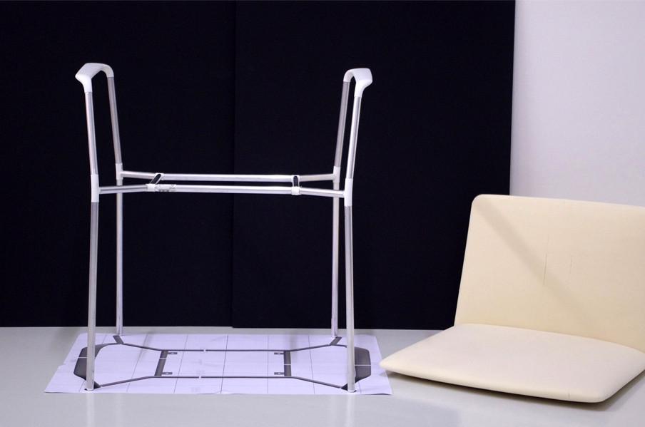 Stamp chair model 01 by Alejandro Valdes