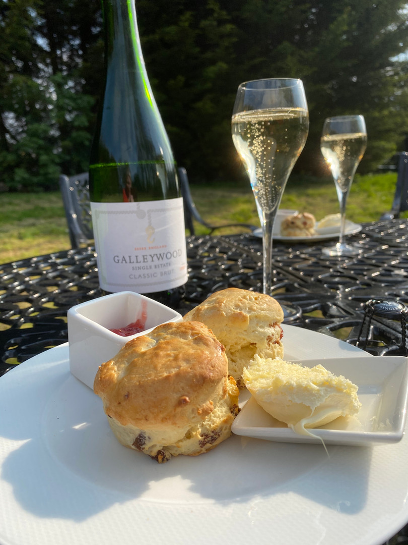 Sparkling Cream Tea