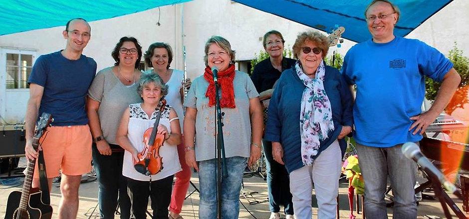 Apprenez à jouer dans un groupe de musique chez Climats école des musiques à Sucy en Brie !