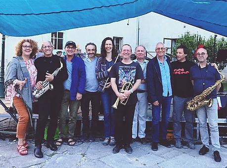 Exprimez votre passion pour la musique en groupe chez Climats école des musiques à Sucy en Brie !