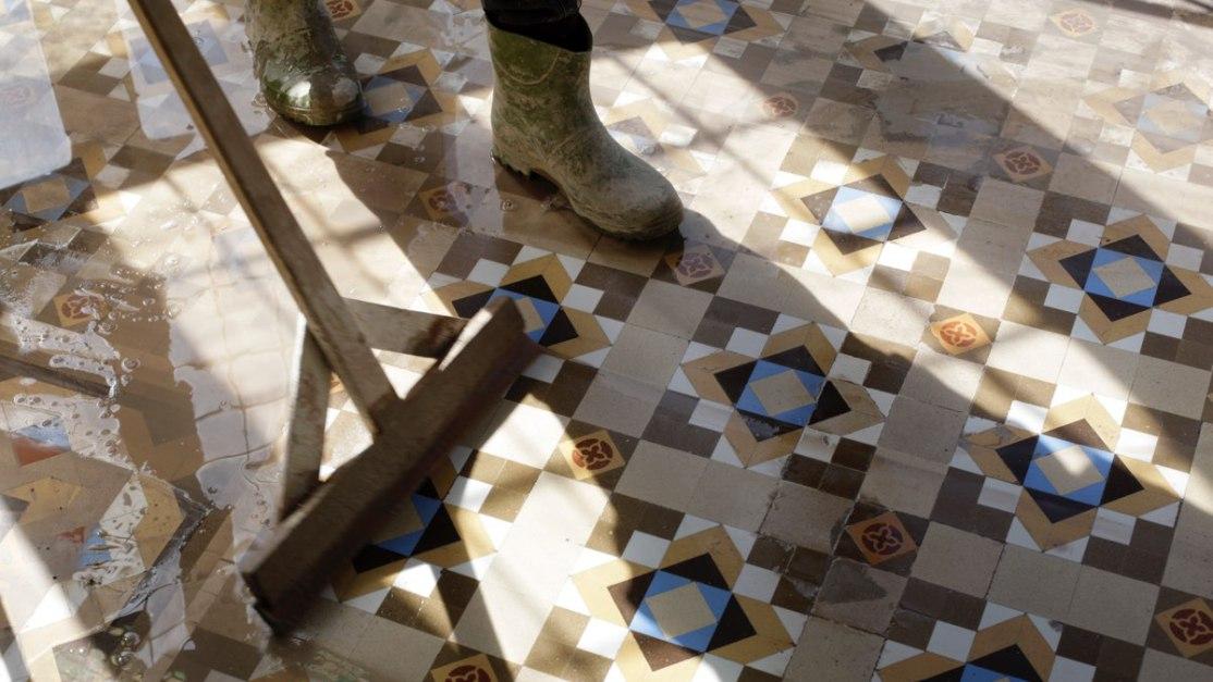 pinar-miro-cement-tegels-restauration-appartement