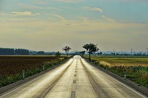road-3469810_1280.jpg