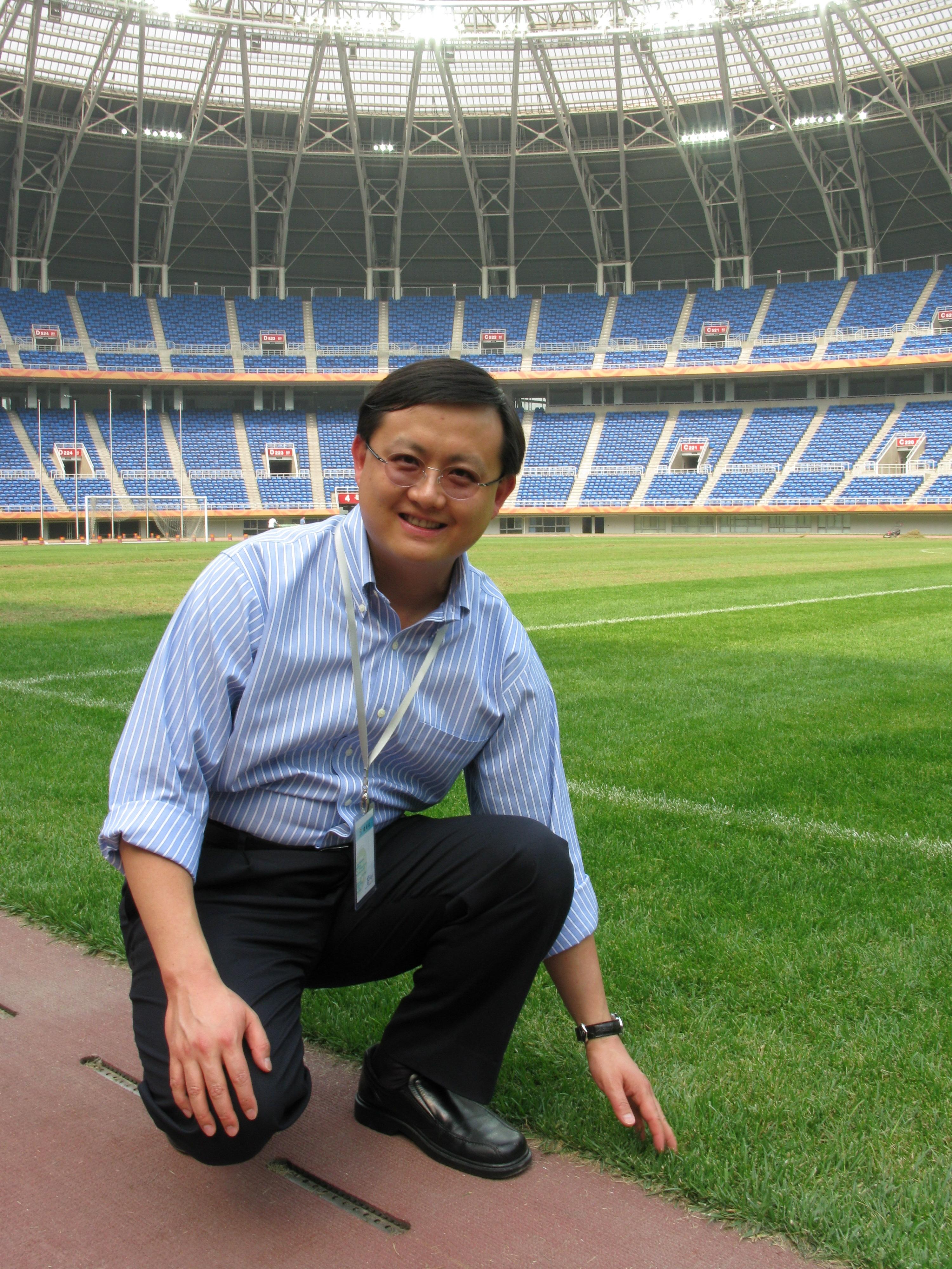 2008年5月率團訪問天津