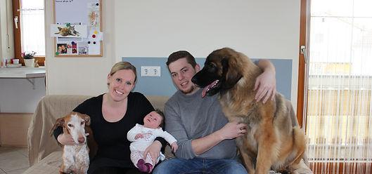 Hunde Züchter Familie Haselböck und Ihre Hunde