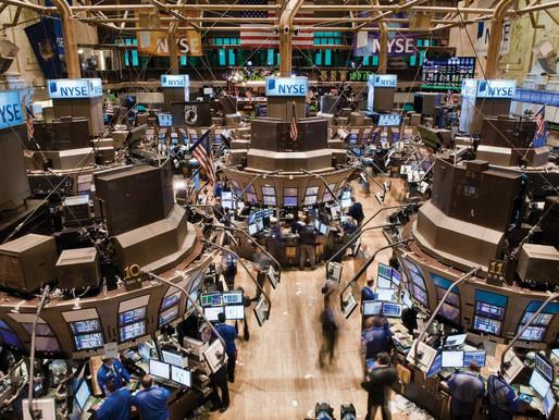 Futuros de acciones se mantienen firmes después de que el S&P 500 alcanza un récord