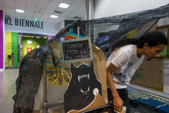 7 pull out of KL Biennale over 'censorship'
