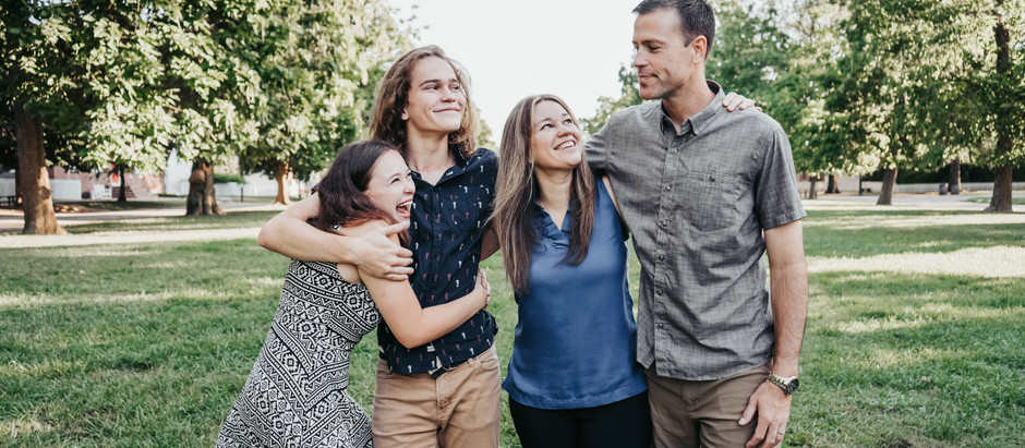 Family Photo Shoot in Downtown Williamsburg, Virginia