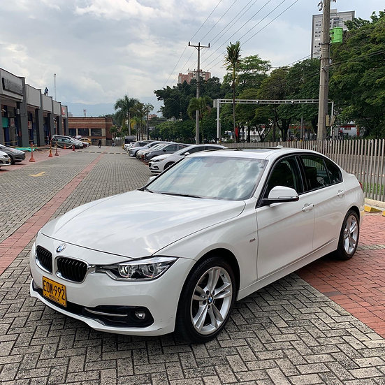Bmw 318i Exclusive 1.5T At 2018