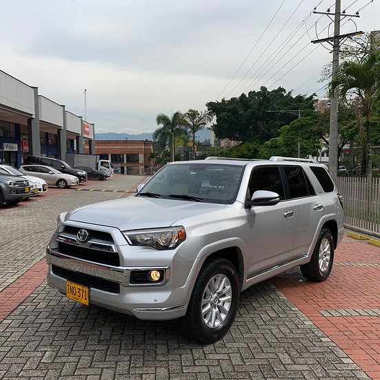 Toyota 4Runner Limited At 4.0 4x4 2016