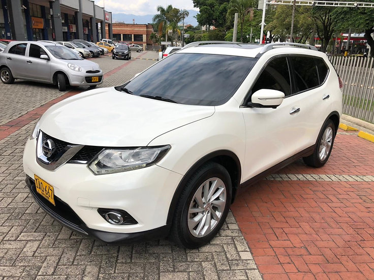 Nissan X-Trail Exclusive 2.5 At 2015