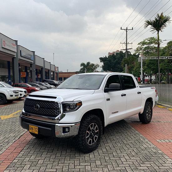 Toyota Tundra Crewmax Platinum AT 5.7 4x4 2019 GRN 732 BLindaje 2+
