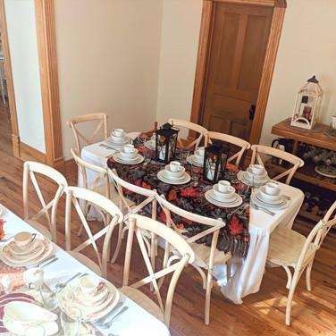 Small Thanksgiving Dinner Setting