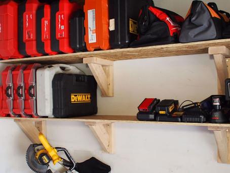 Using Heavy Duty Storage Shelves For Organizing Plenty Of Merchandises At A Time