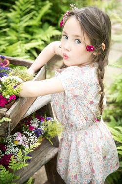 Cyrillus flowers E16