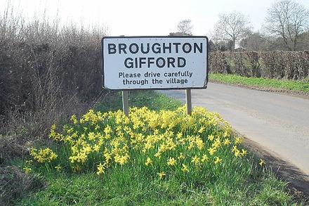 broughton-gifford-signpost.jpg