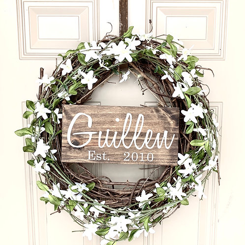 Floral Wreath, Last Name Sign