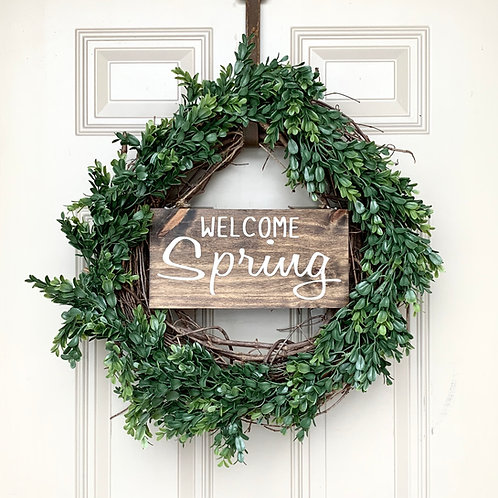 Green Wreath, Welcome Spring Sign