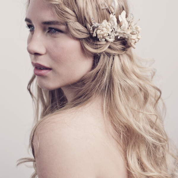 Best plaited wedding hair & flowers