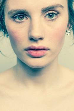 Makeup for big eyes & full lips