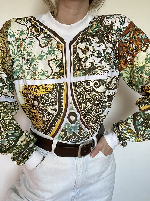 חולצת טריקו בהדפס אומנות