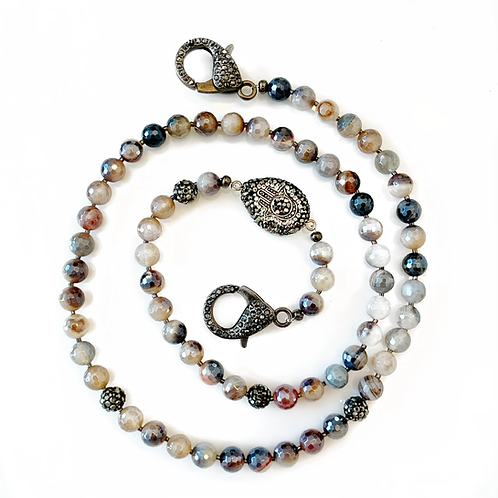 Neutral Agate Mask Necklace
