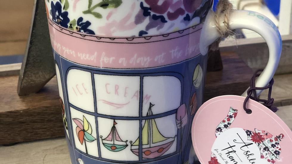 Ashley Thomas Seaside Shop Mug