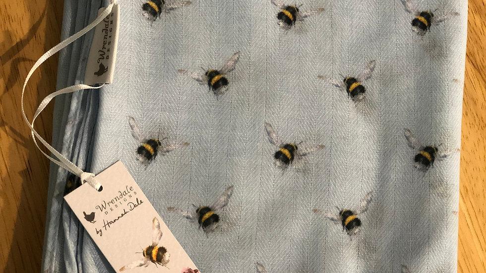 Wrendale bee scarf