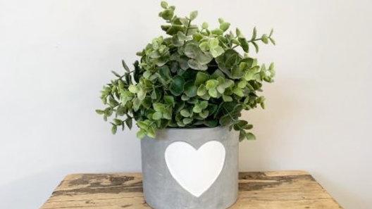 Medium Cement Planter, White Heart
