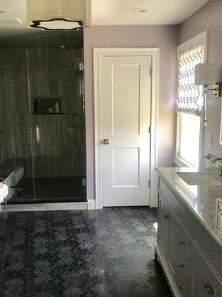 Bathroom_31250459_904543793039725_545411
