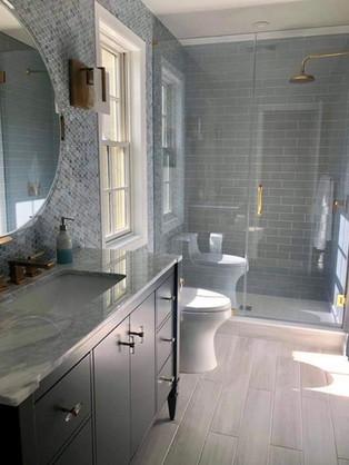 bathroom add 2.jpg