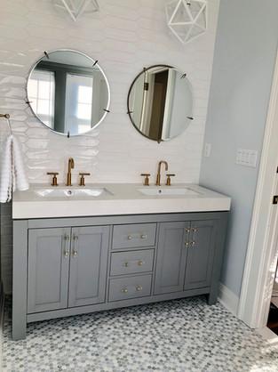Laird bathroom 1.jpg