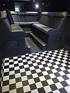 20200909_142653.jpg Party Bus Dancefloor