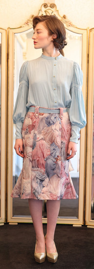 Marie blouse D'Estrees skirt・Epicure gourmet
