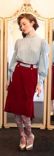 Marie blouse D'Estrees skirt・Red