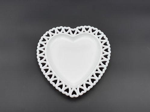 Vintage Westmoreland 'Heart' Plate in 'Milk Glass'