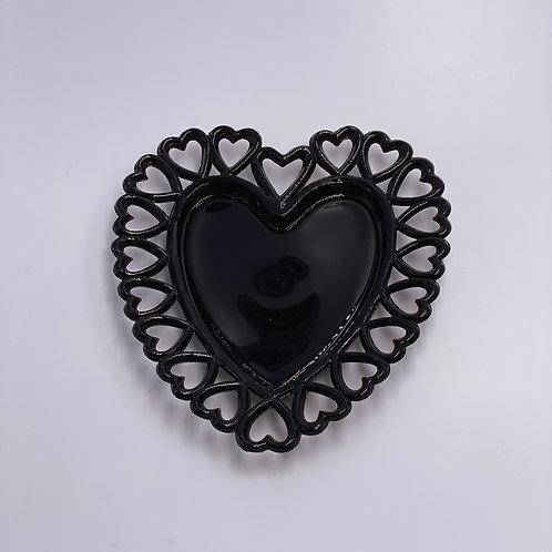Vintage Westmoreland 'Heart Plate' in 'Black'