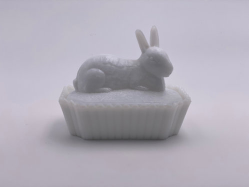 Vintage Westmoreland 'Bunny' Candy Dish in 'Milk White'