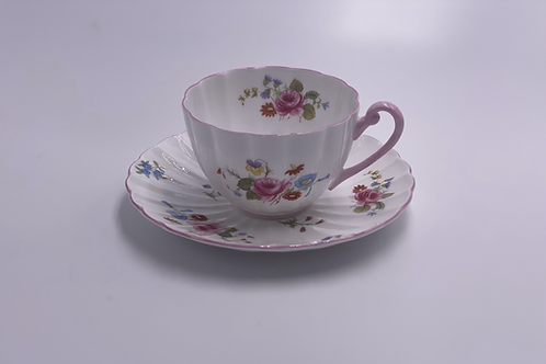 Vintage 'Rose & Red Daisy' Teacup & Saucer