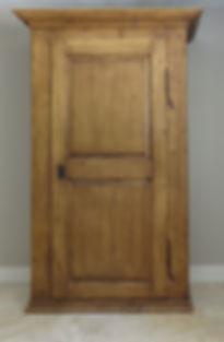 pine armoire.JPG