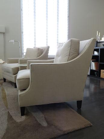 upholsteredchair_side.JPG