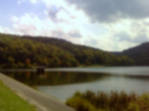 Lake_at_Raccoon_Creek_State_Park.jpg