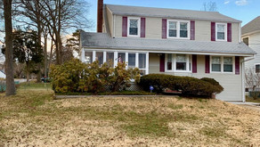 Home For Sale  in Desirable Oakhurst!! Priced to Sell!!!