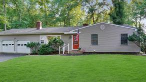 House For Sale Oakhurst, NJ - SUMMER DEAL!!!! OPEN HOUSE Sunday 12-2pm - New on Market!