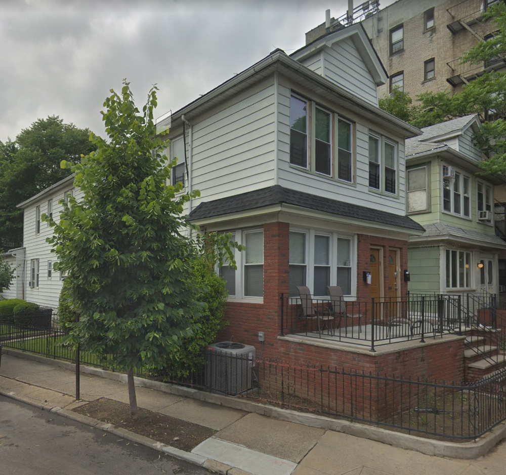 Huge Apt For Rent East 5th Ave N & O 2 Floors Newly