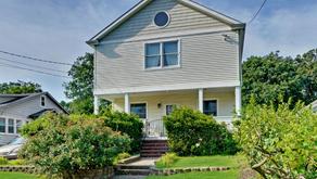 House For Sale Oakhurst, NJ