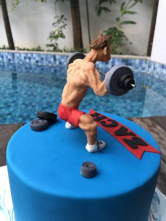 powerlifter weightlifter cake