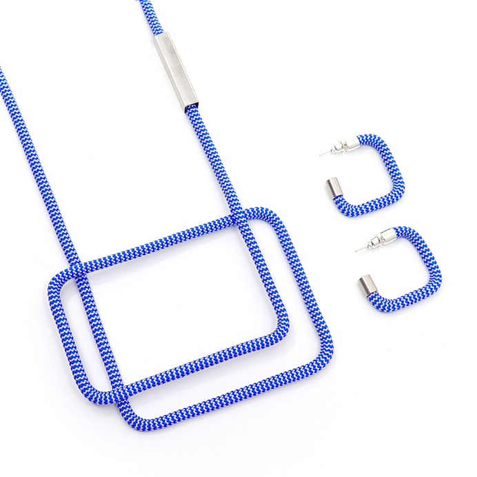 LINEA 5 and Square Earring Gauthier