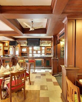 the-tavern-restaurant-mall-road-mussoori