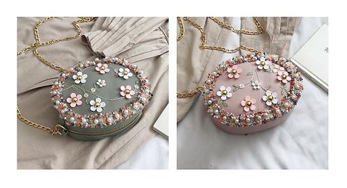 Flor กระเป๋าสะพายแฟชั่นเกาหลี ทรงกลม ลายดอกไม้ สายโซ่ทอง