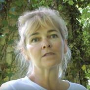 Anne-Julie Hynes